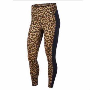 Nike full length leopard Victory leggings